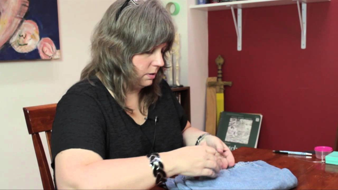 How to Decorate Denim Clothing With Buttons : DIY Craft Projects
