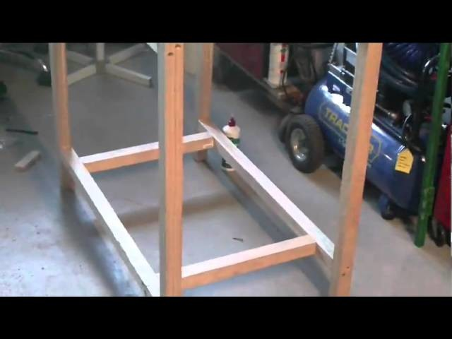WOODWORK PROJECTS SE1 EP3 , BUILDING A SMALL WORKBENCH AT HOME ,  DIY HOW-TO