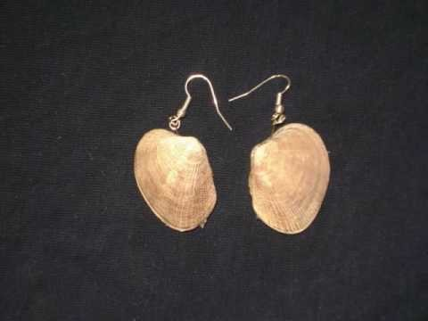 How to make simple earrings from sea shells - EP