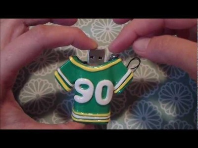 25 Days of Christmas Crafts: Sports Jersey USB Thumb Drive Part II of II