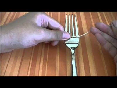 DIY: How to make a little bow using a FORK!