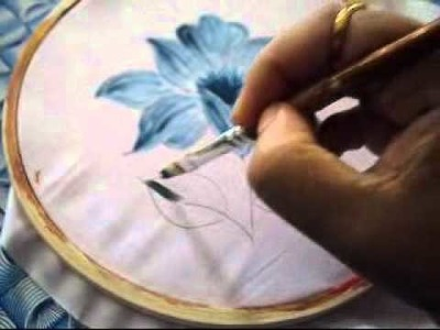 How to apply dry strokes on fabric
