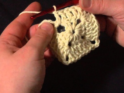 How to Crochet: Solid Granny Squares