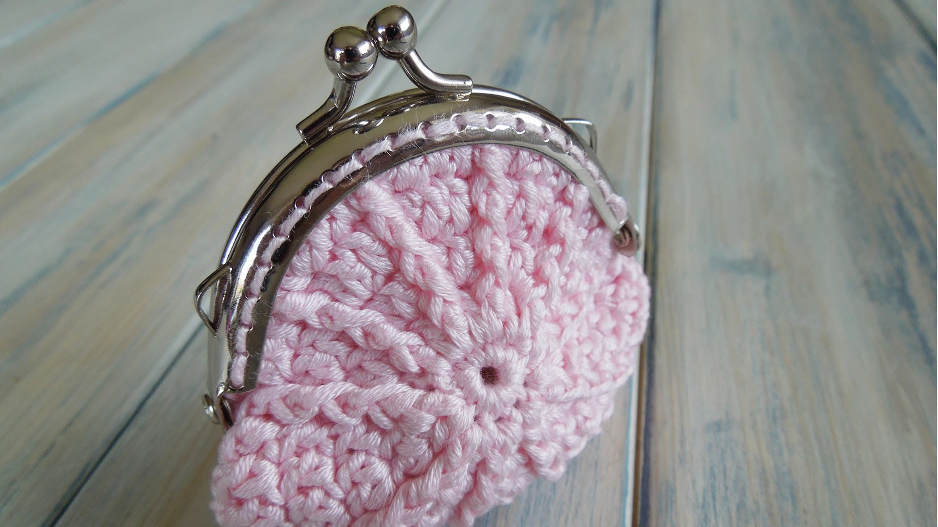 (Crochet) How To - Crochet a Coin Purse and Sew in Purse Frame Handles