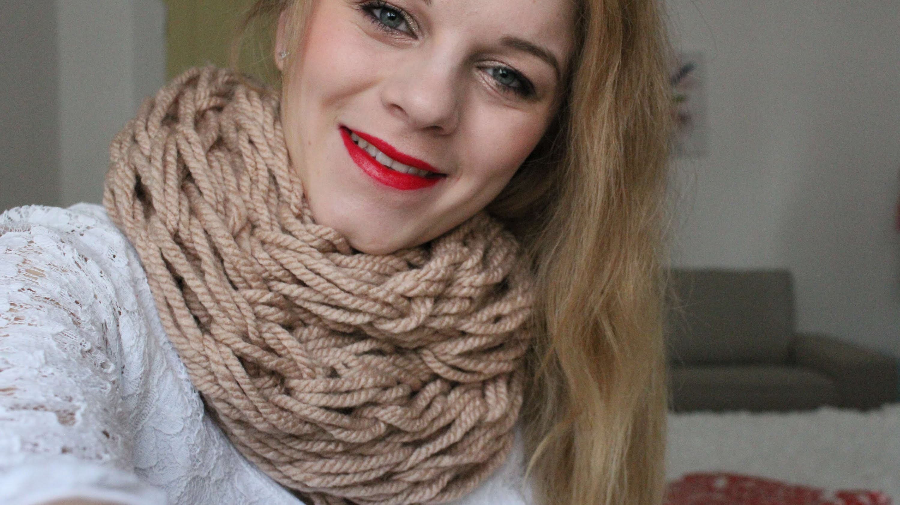 DIY - Kötött Sál (Arm Knitting) ● FollowAnna