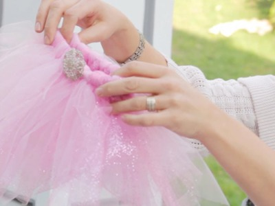 How to Make a Tutu - Let's Craft with ModernMom