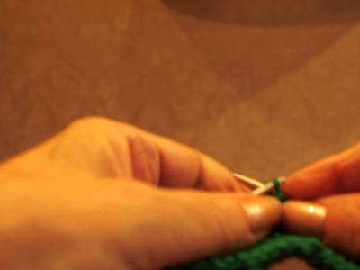 Как вязать петли для пуговиц (how to knit buttonholes)