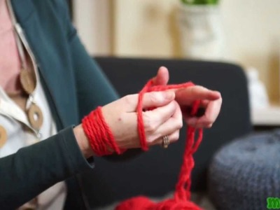 Knitting with your arms (breien met je armen)