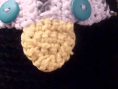 CROCHET PENGUIN BEANIE FOR A BABY