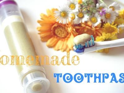 DIY: Homemade Herbal Remineralizing Toothpaste - Dentifricio fai da te