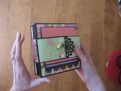 Fold-out Folio Scrapbook Mini Album