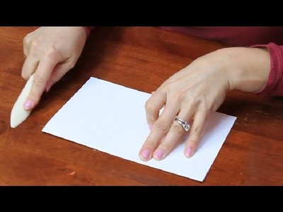 How to Make Smooth Folds on a Cover Stock : Paper Folding Projects