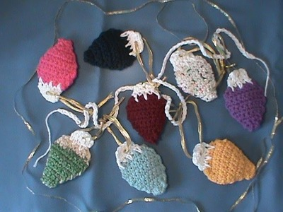 """How to Crochet. ""Holiday Lights Garland"""