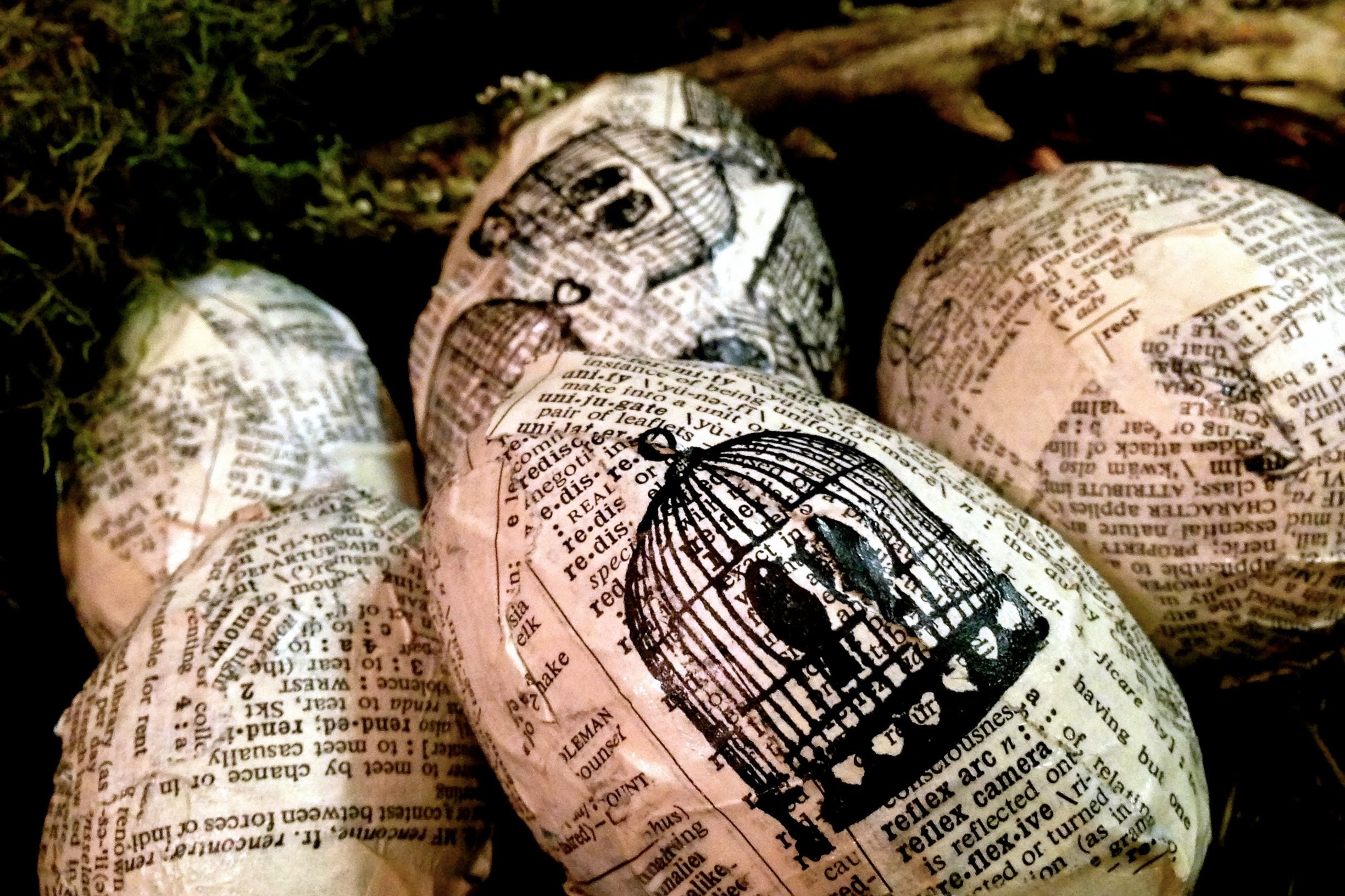 How to DIY Decorate your Easter Egg Chic Mod Podge decoupage