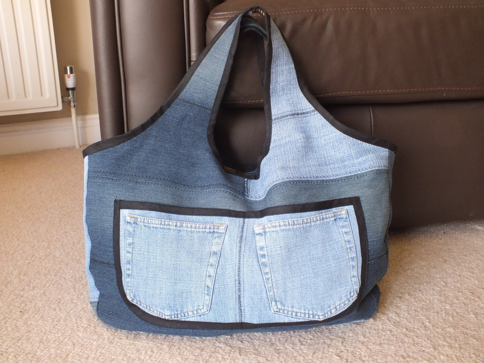 Recycled Jeans Bag (Sahara - 3) DIY jeans bag. denim sewing project