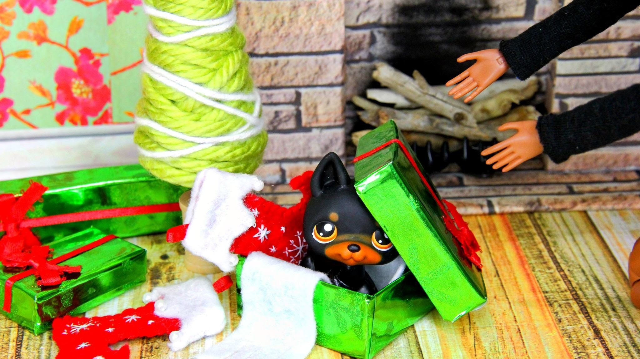 How to Make Doll Holiday Accessories - Doll Crafts