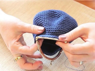 Tutorial | How to attach a coin purse opener to a crocheted coin purse