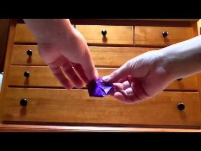 How to make an origami christmas ornament