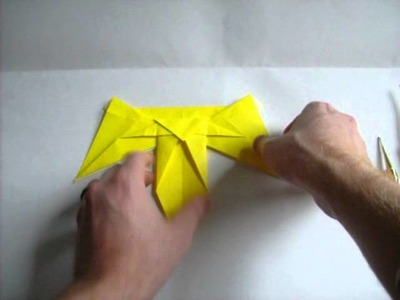 How to Make an Origami Naboo Starfighter from Star Wars Episode I
