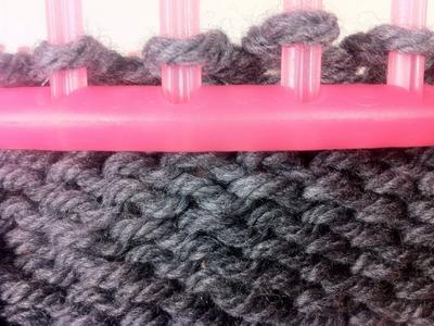 Circular Loom Knitting: How to Purl (DIY Tutorial)