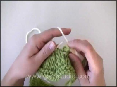 DROPS Knitting Tutorial: How to knit zigzag