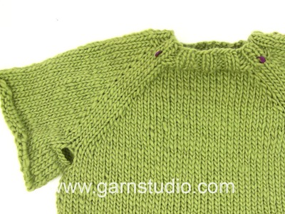 DROPS Knitting  Tutorial: How to work a jumper top down