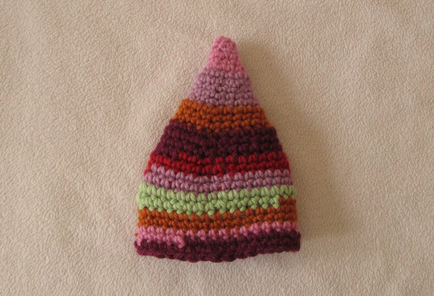 VERY EASY crochet elf hat - fun crochet baby. toddler beanie