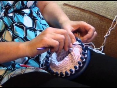 How To Make a Hat Using a Knitting Loom - crozo
