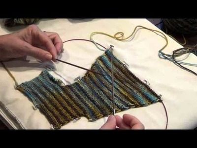 Lost City Knits - Striping and Pooling the colors of hand-dyed yarn