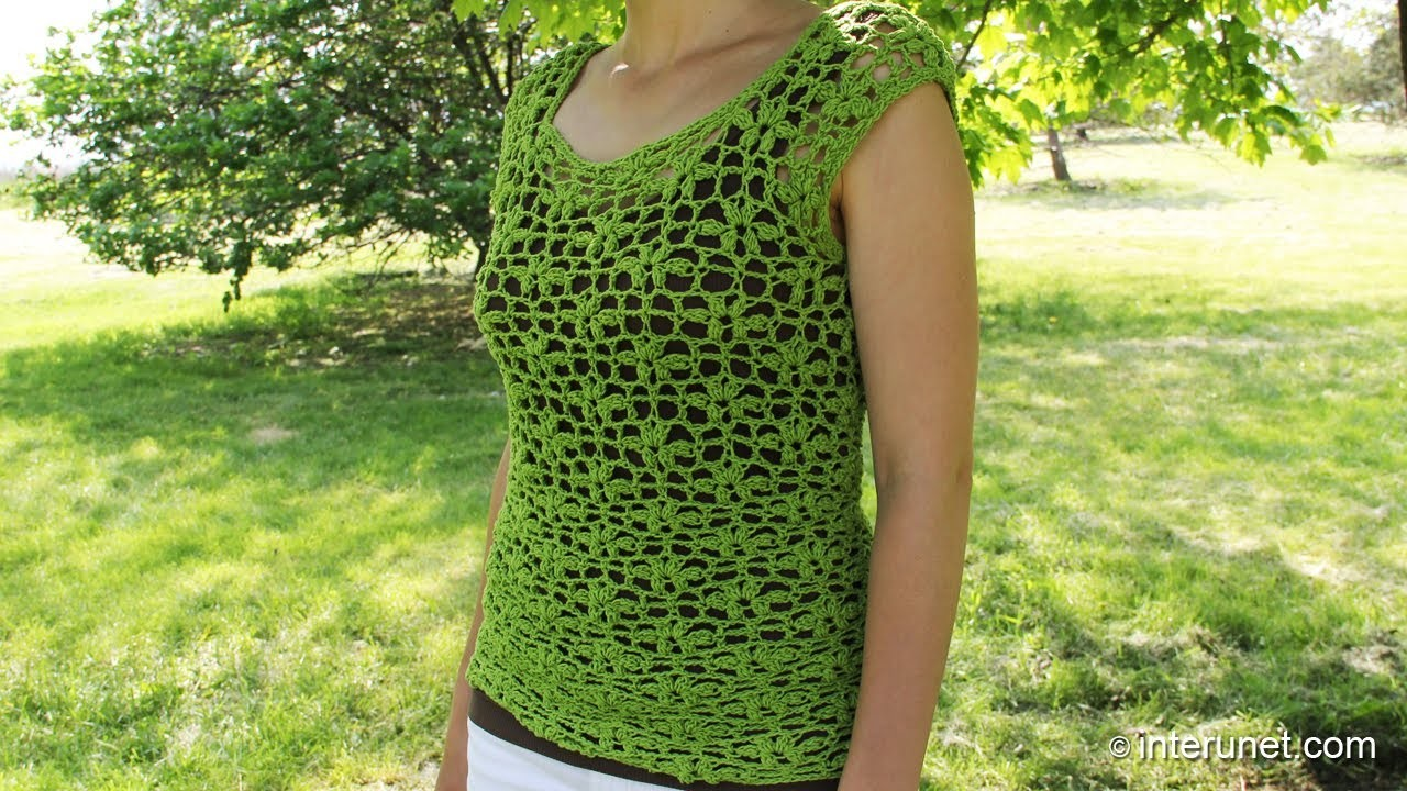 Crochet a women's lace summer blouse