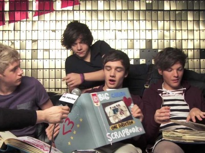 "The Big ""Canada Loves 1D"" Scrapbook - Presentation"