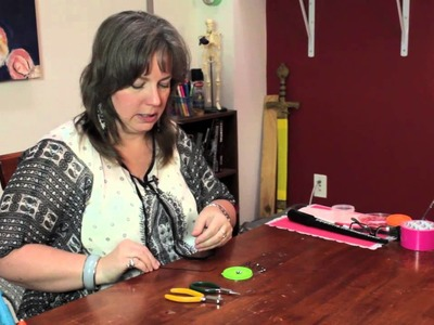 How to Make Ear Sweeps & Ear Vines : Homemade Crafts