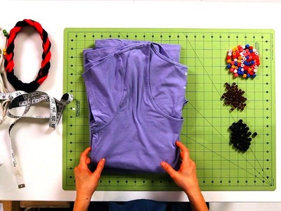 How to Pick T-Shirt for No-Sew Necklace | No-Sew Crafts