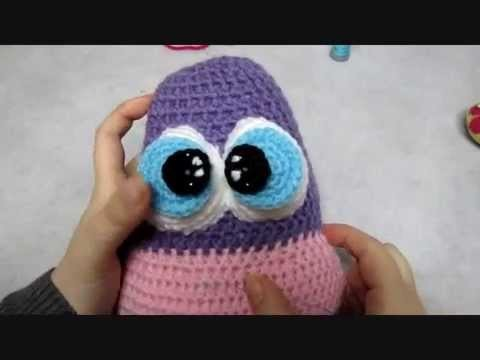 Crohet toy - how to embroider specks on the eyes and how to attach the pupils