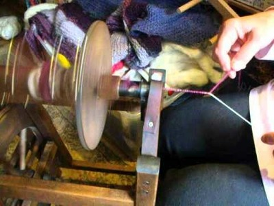 Pamsfiber Video-Core spinning with yarn beads 002
