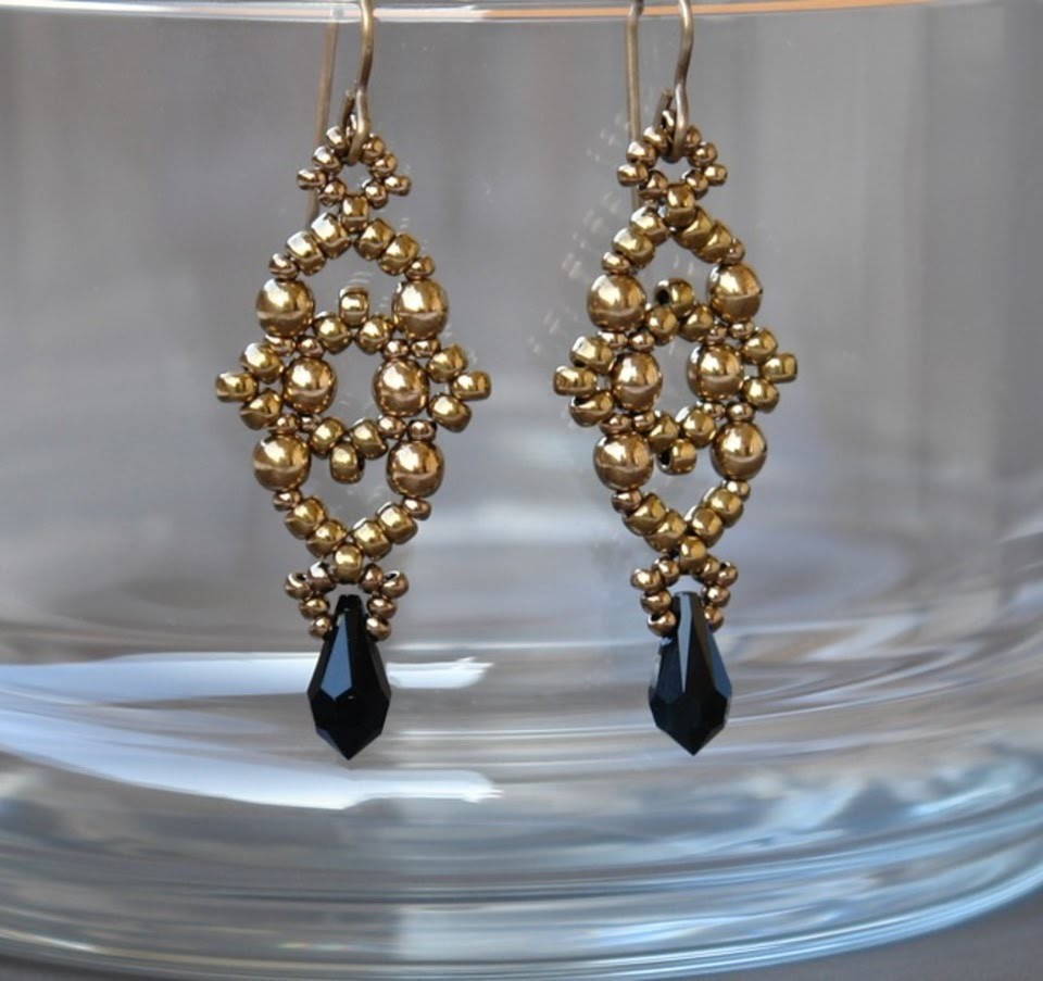 Sidonia's handmade jewelry - Losange earrings - beading tutorial