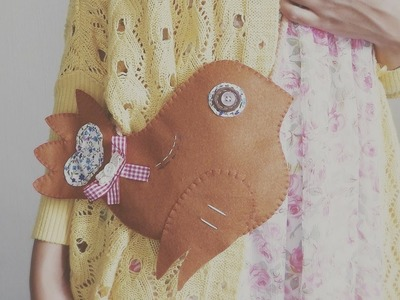 DIY Fashion: Vintage Felt Birdie Purse Tutorial
