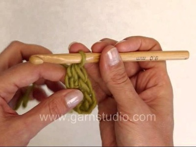 DROPS Crochet Tutorial: How to crochet a foundation half double crochet (fhdc) aka chainless crochet