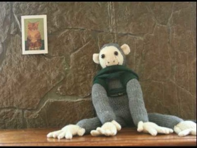 Monkey gets dressed : a cute and funny stop motion animation