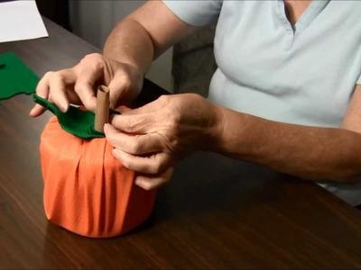 Halloween Craft - Pumpkin Roll