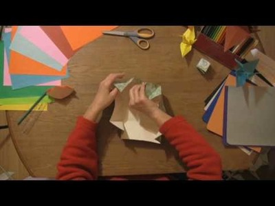 Paper Craft Projects : How to Fold a Paper Cube