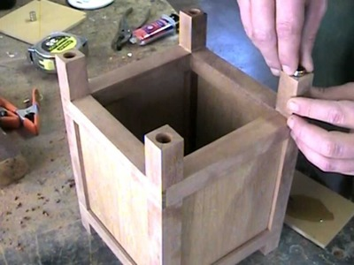 Making a Japanese style lamp