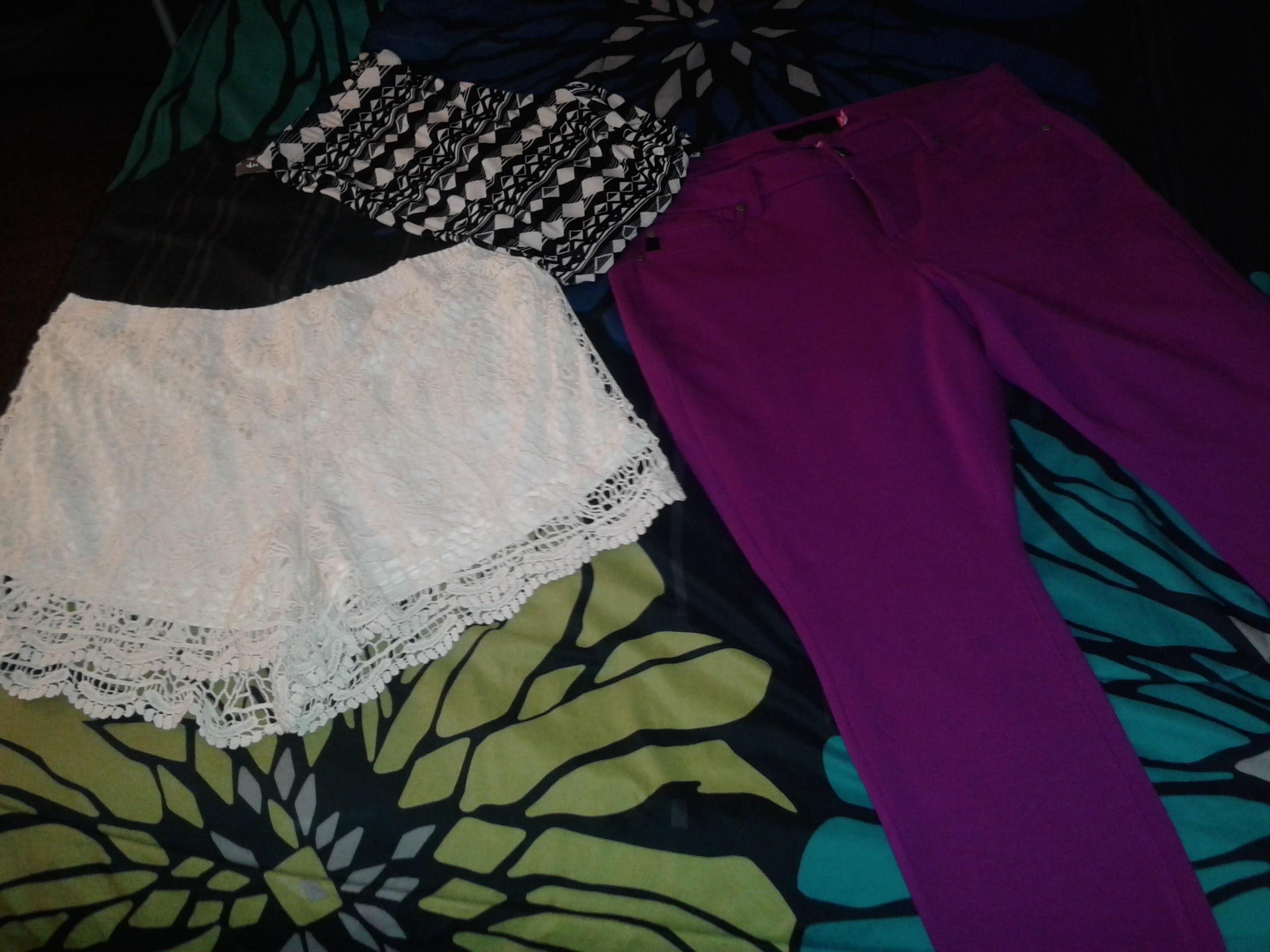 Plus Size Collective Haul - Floral Crochet Shorts, Aztec Leggings & Colored Skinnies!