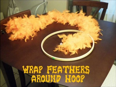 DIY How to Make an EASY Feather Halloween Wreath
