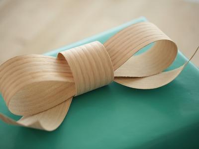 Jennifer's Wood Gift Bow (Spotlight on Sealemon)