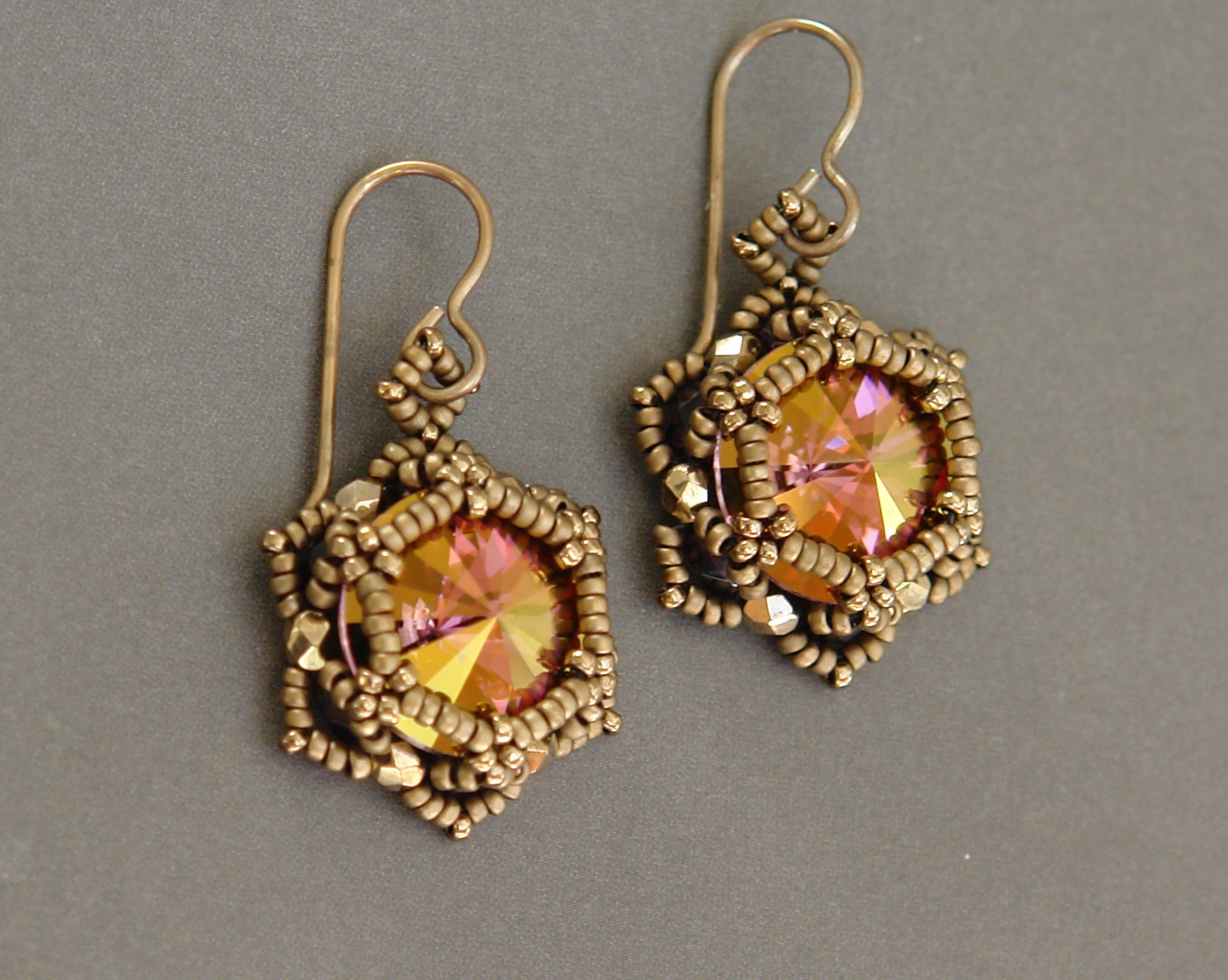 Sidonia's handmade jewelry - Sunset Glare - Beaded Earrings
