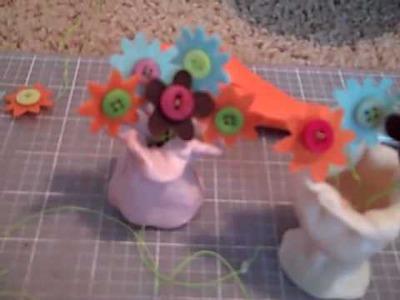 DIY American Girl flower vase craft.