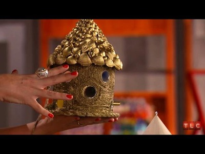 DIY Crafting - Building Birdhouses with Tori Spelling | Craft Wars