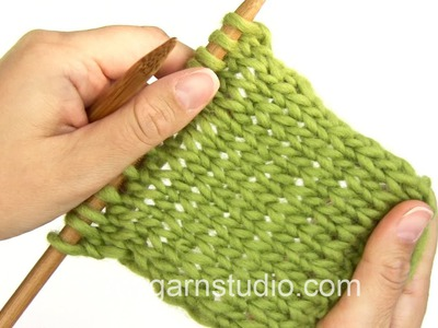DROPS Knitting Tutorial: How to knit in the Portuguese style
