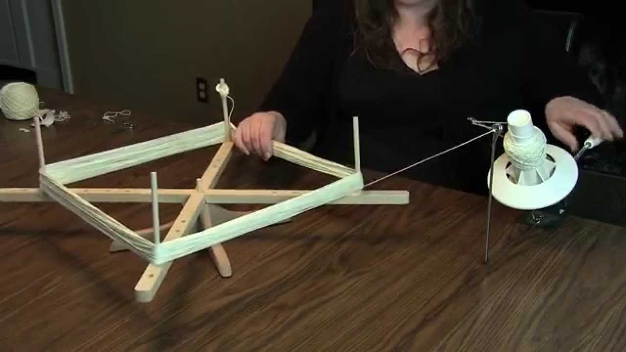 How to Crochet: Using a Yarn Swift and Winder